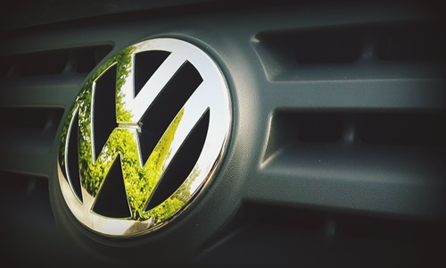 NGT imposes Rs 500 Cr. fine on VW India for using cheat device