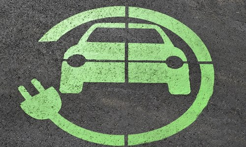 Labor aims 50 percent of new cars to be electric vehicles by 2030